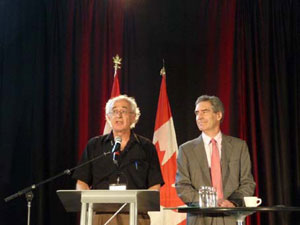 Mike Lewis introduces Michael Ignatieff at the National Summit on a People-Centred Economy